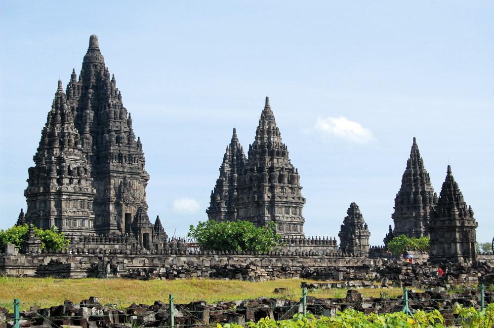 Hasil gambar untuk 33 candi hindu di indonesia penjelasannya dan gambarnya
