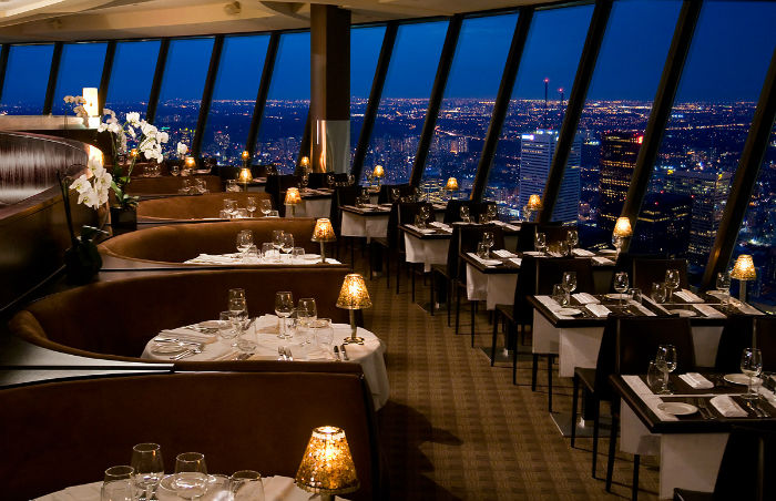 Restoran%20360%2C%20Toronto%201.jpg